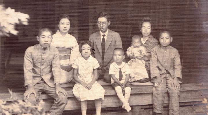 (写真 上・中央)先代 中島清博 昭和5年頃